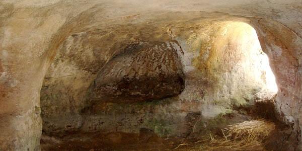 Cueva iluminada Torralba